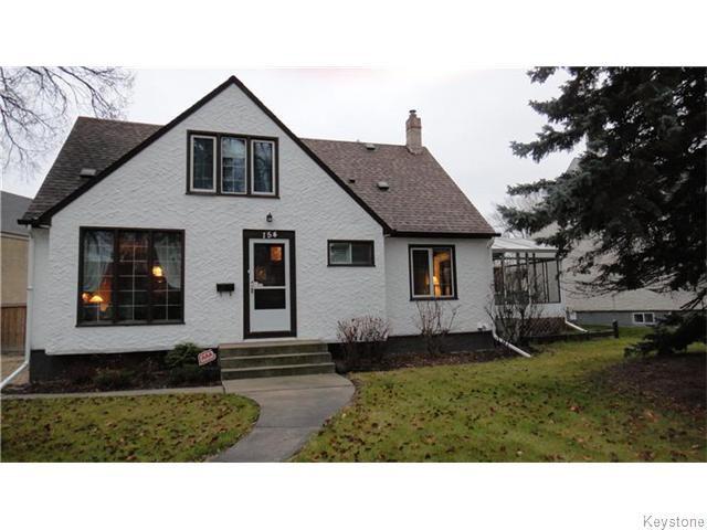 Main Photo: 154 Tache Avenue in Winnipeg: St Boniface Residential for sale (South East Winnipeg)  : MLS®# 1607688
