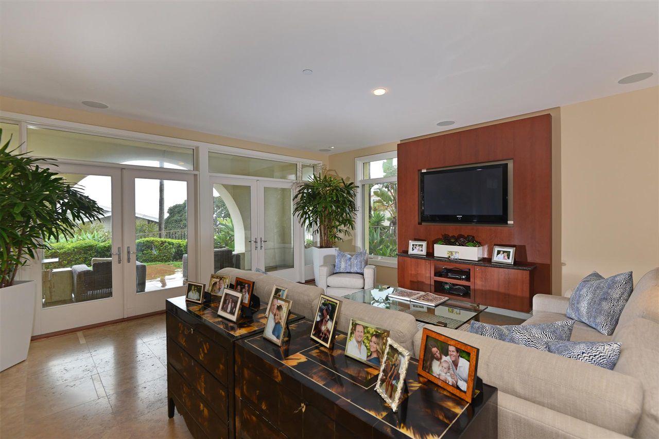 Main Photo: LA JOLLA Condo for sale : 2 bedrooms : 5480 La Jolla Blvd. #J103