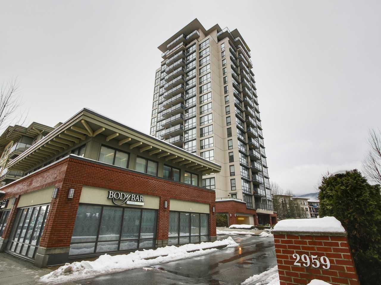"Main Photo: 203 2959 GLEN Drive in Coquitlam: North Coquitlam Condo for sale in ""THE PARC"" : MLS®# R2138070"