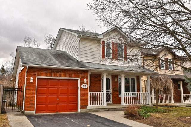 Main Photo: 70 Ryans Way in Hamilton: Waterdown House (2-Storey) for sale : MLS®# X4086741