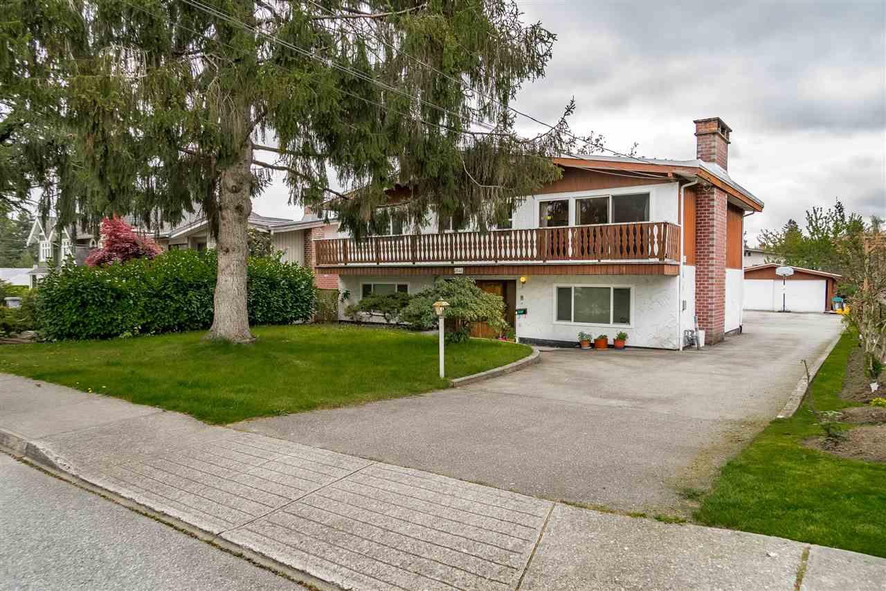 Main Photo: 3940 FIR Street in Burnaby: Burnaby Hospital House for sale (Burnaby South)  : MLS®# R2366956