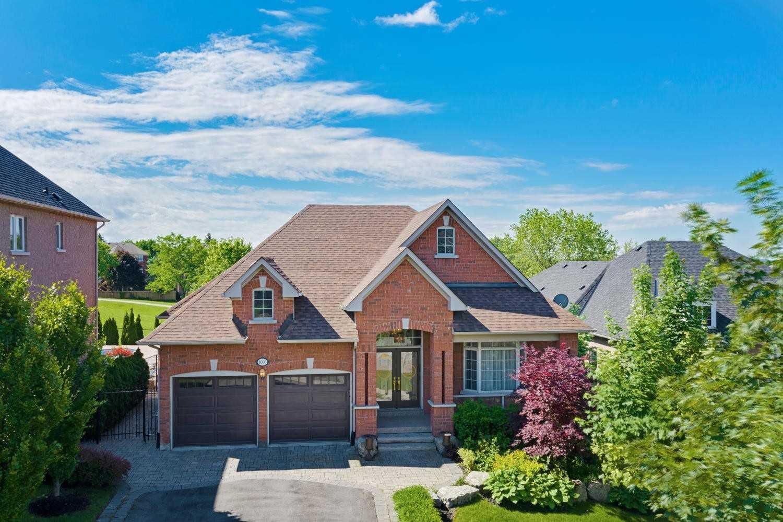 Main Photo: 1006 Ivsbridge Boulevard in Newmarket: Stonehaven-Wyndham House (Bungalow) for sale : MLS®# N4496159