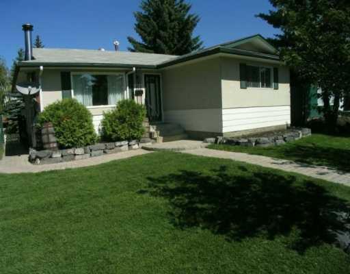 Main Photo:  in CALGARY: Braeside Braesde Est Residential Detached Single Family for sale (Calgary)  : MLS®# C3140518