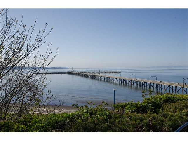 """Main Photo: 15085 MARINE Drive: White Rock House for sale in """"Semi waterfront across from beach"""" (South Surrey White Rock)  : MLS®# F1435114"""