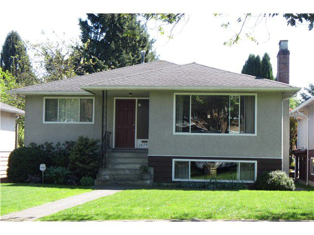 Main Photo: 1076 E 53RD Avenue in Vancouver: South Vancouver House for sale (Vancouver East)  : MLS®# V1124764