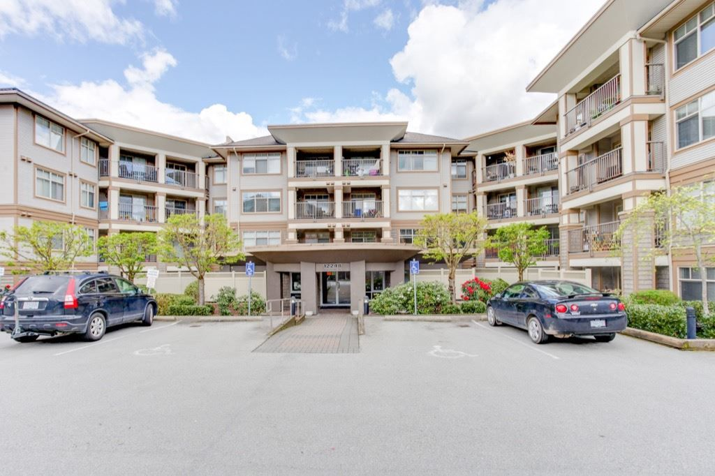 "Main Photo: 215 12248 224 Street in Maple Ridge: East Central Condo for sale in ""URBANO"" : MLS®# R2159150"