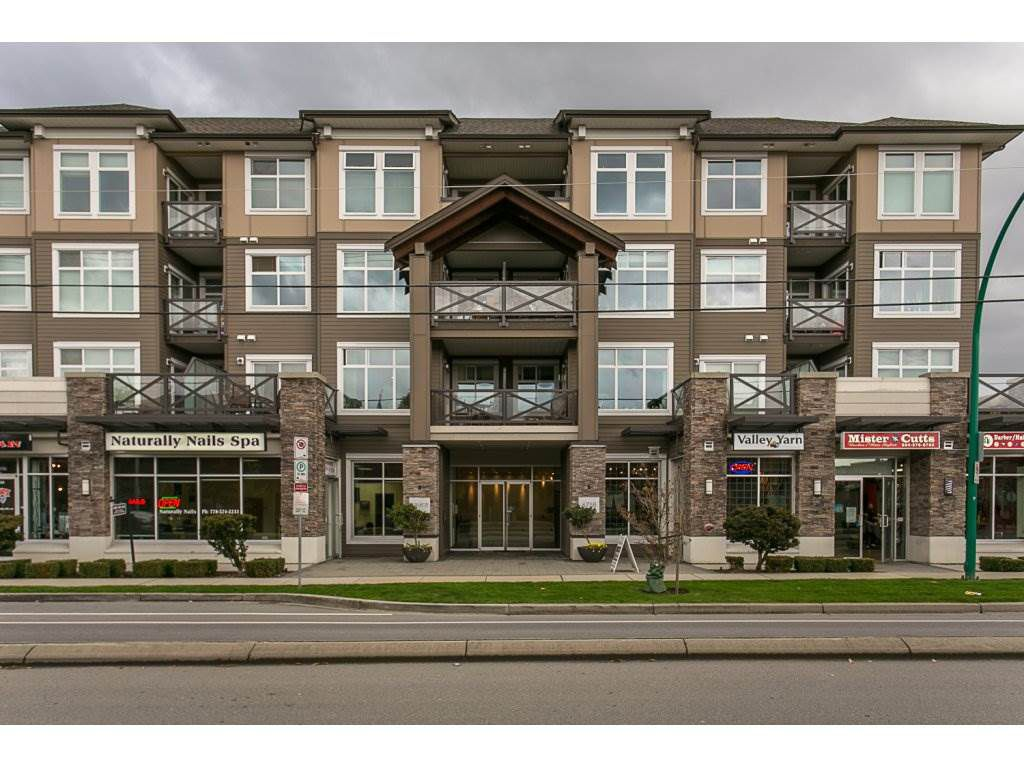 Main Photo: 368 6758 188 STREET in Surrey: Clayton Condo for sale (Cloverdale)  : MLS®# R2152220