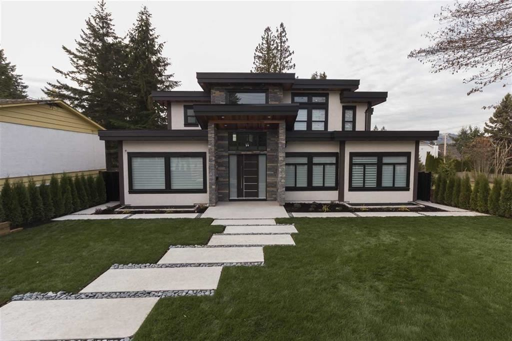 Main Photo: 694 BLUE MOUNTAIN Street in Coquitlam: Coquitlam West House for sale : MLS®# R2285607