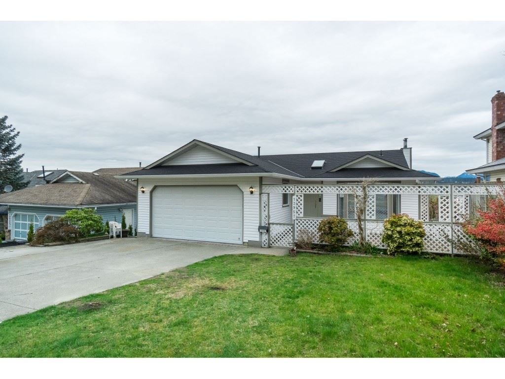 Main Photo: 13957 115A Avenue in Surrey: Bolivar Heights House for sale (North Surrey)  : MLS®# R2357876