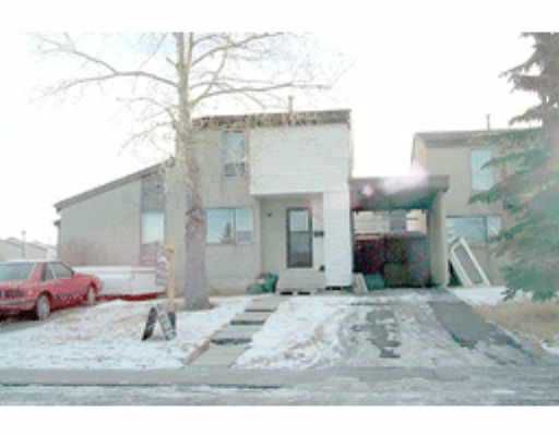Main Photo:  in : Penbrooke Townhouse for sale (Calgary)  : MLS®# C2151117
