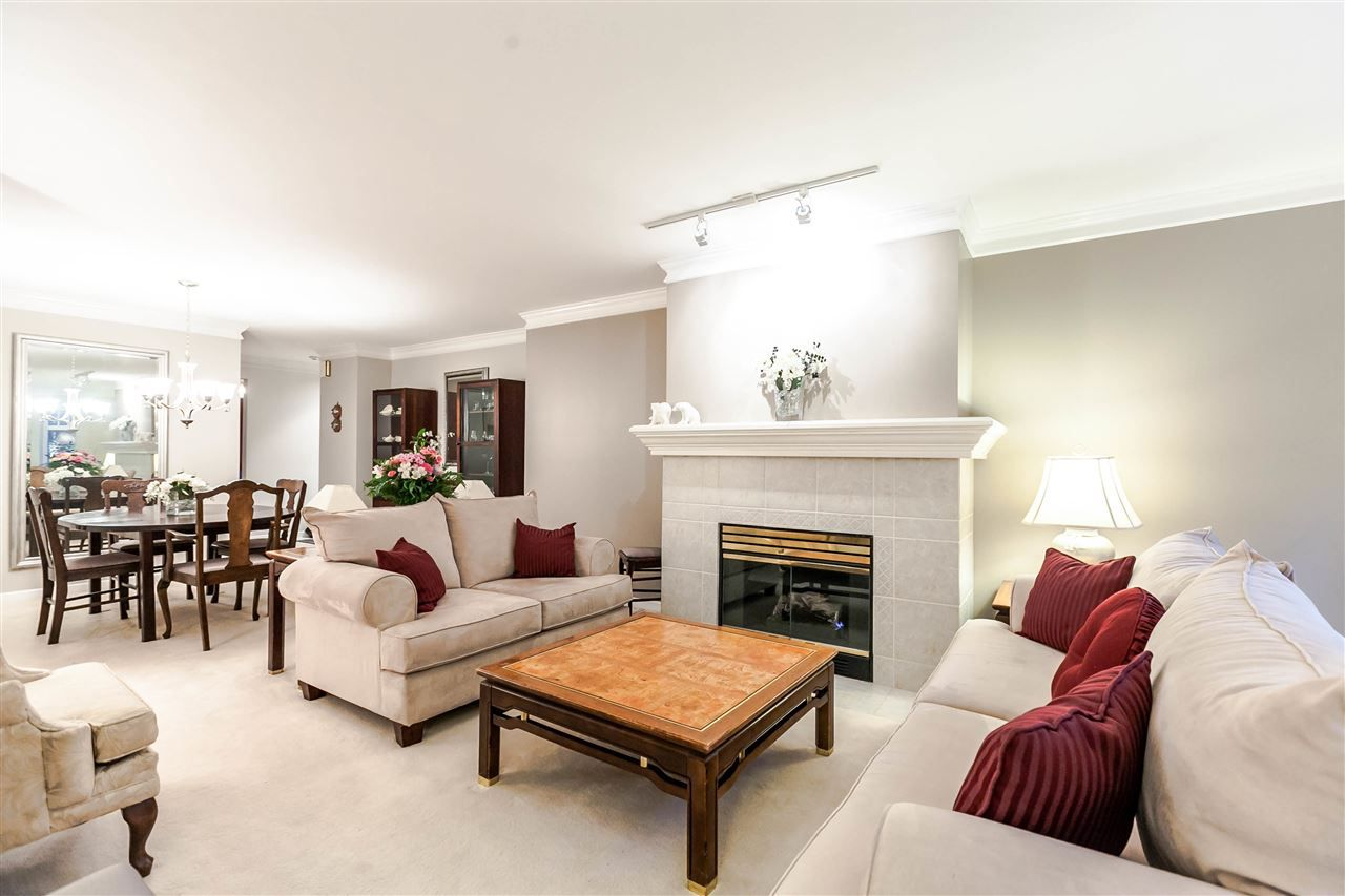 """Main Photo: 213 288 E 6TH Street in North Vancouver: Lower Lonsdale Condo for sale in """"Mc Nair Park"""" : MLS®# R2130075"""