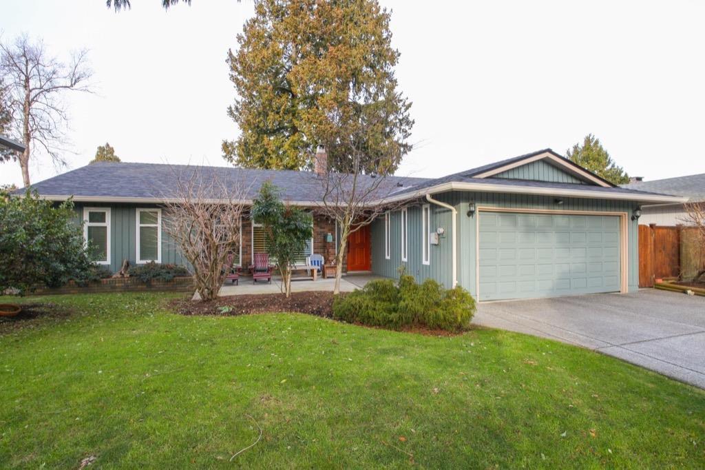 "Main Photo: 5073 2 Avenue in Delta: Pebble Hill House for sale in ""Pebble Hill"" (Tsawwassen)  : MLS®# R2179190"