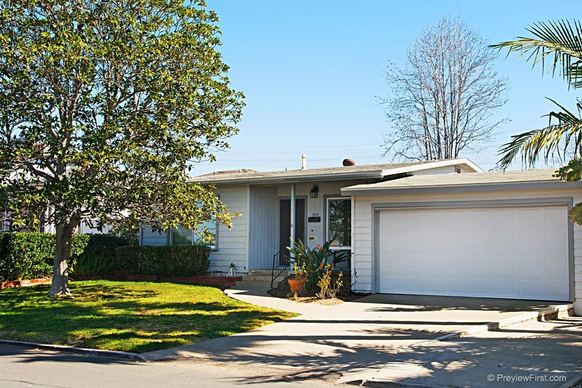 Main Photo: BAY PARK House for rent : 2 bedrooms : 1943 Erie Street in San Diego