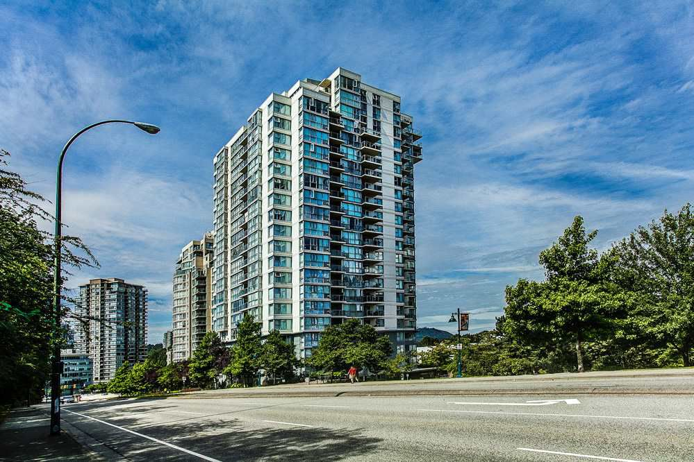 "Main Photo: 403 235 GUILDFORD Way in Port Moody: North Shore Pt Moody Condo for sale in ""THE SINCLAIR"" : MLS®# R2187020"
