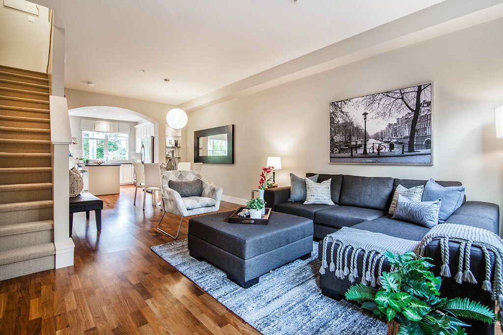 """Main Photo: 2 5808 TISDALL Street in Vancouver: Oakridge VW Townhouse for sale in """"TOWNE"""" (Vancouver West)  : MLS®# R2193828"""
