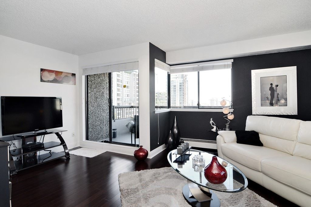 Main Photo: 1004 47 AGNES STREET in New Westminster: Downtown NW Condo for sale : MLS®# R2114537