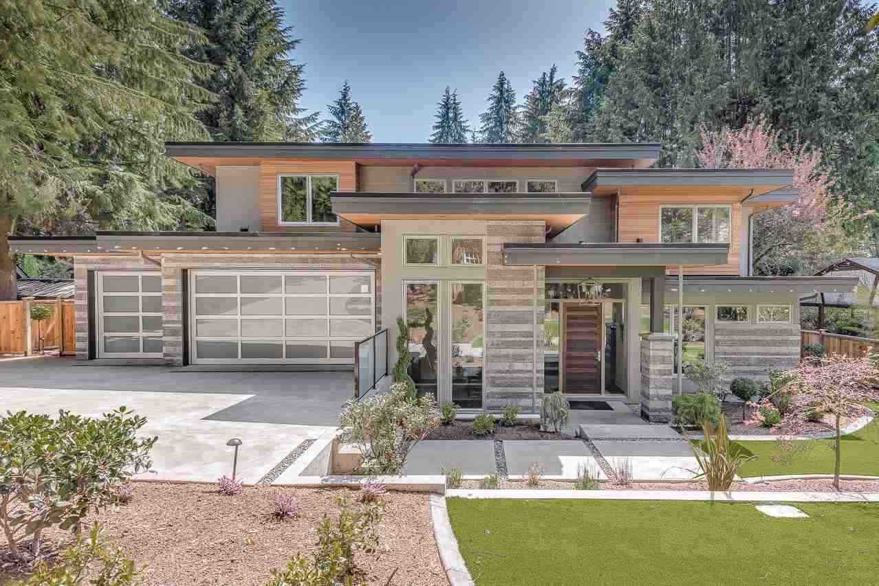 Main Photo: 350 MULGRAVE Place in West Vancouver: British Properties House for sale : MLS®# R2315192