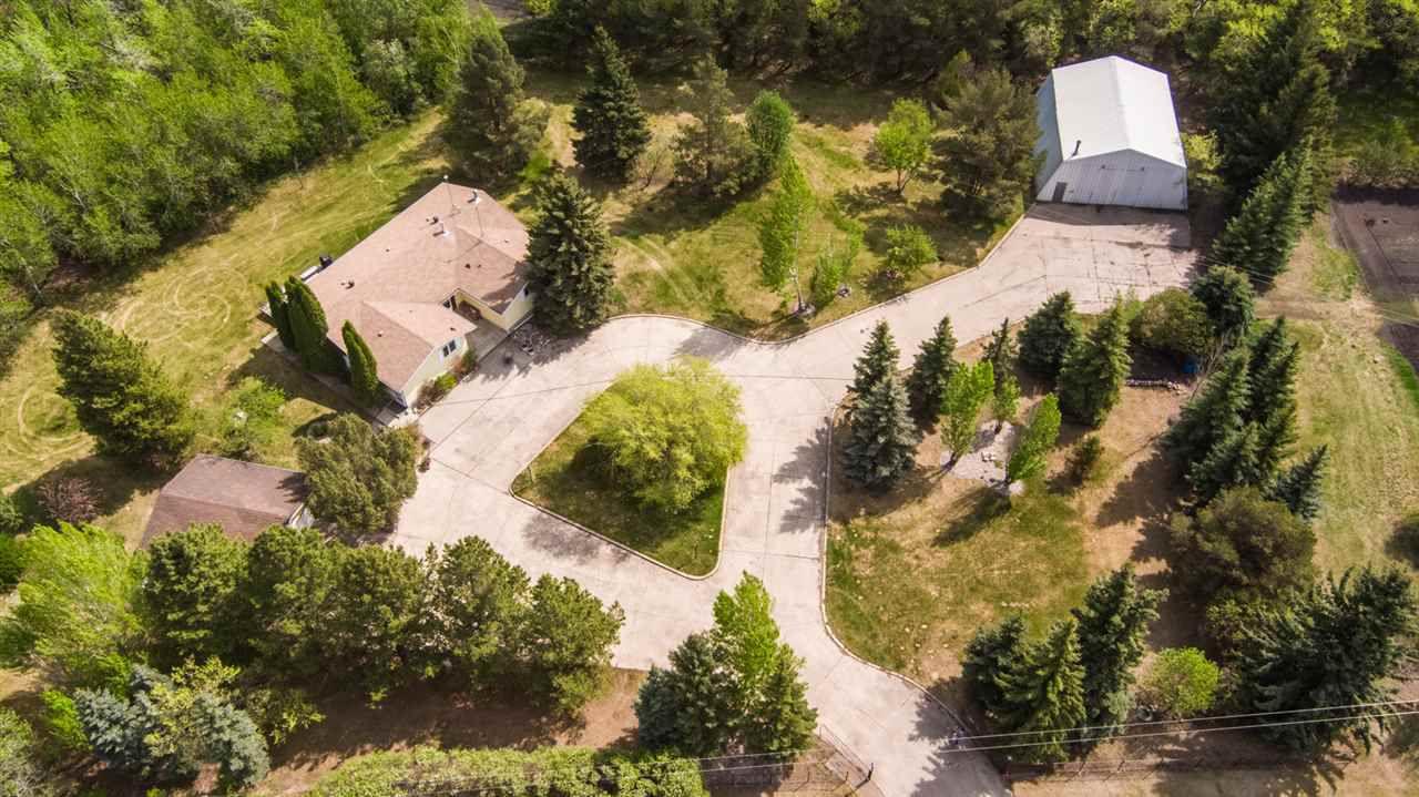 Main Photo: 1 54513 RR 232 Road: Rural Sturgeon County House for sale : MLS®# E4160182