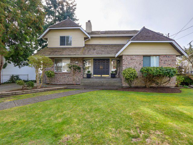 "Main Photo: 13036 MARINE Drive in Surrey: Crescent Bch Ocean Pk. House for sale in ""WEST MARINE DRIVE"" (South Surrey White Rock)  : MLS®# F1434807"
