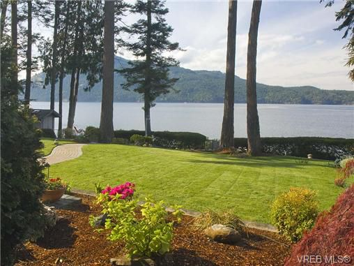 Main Photo: 11657 Jupata Way in NORTH SAANICH: NS Lands End Single Family Detached for sale (North Saanich)  : MLS®# 350430
