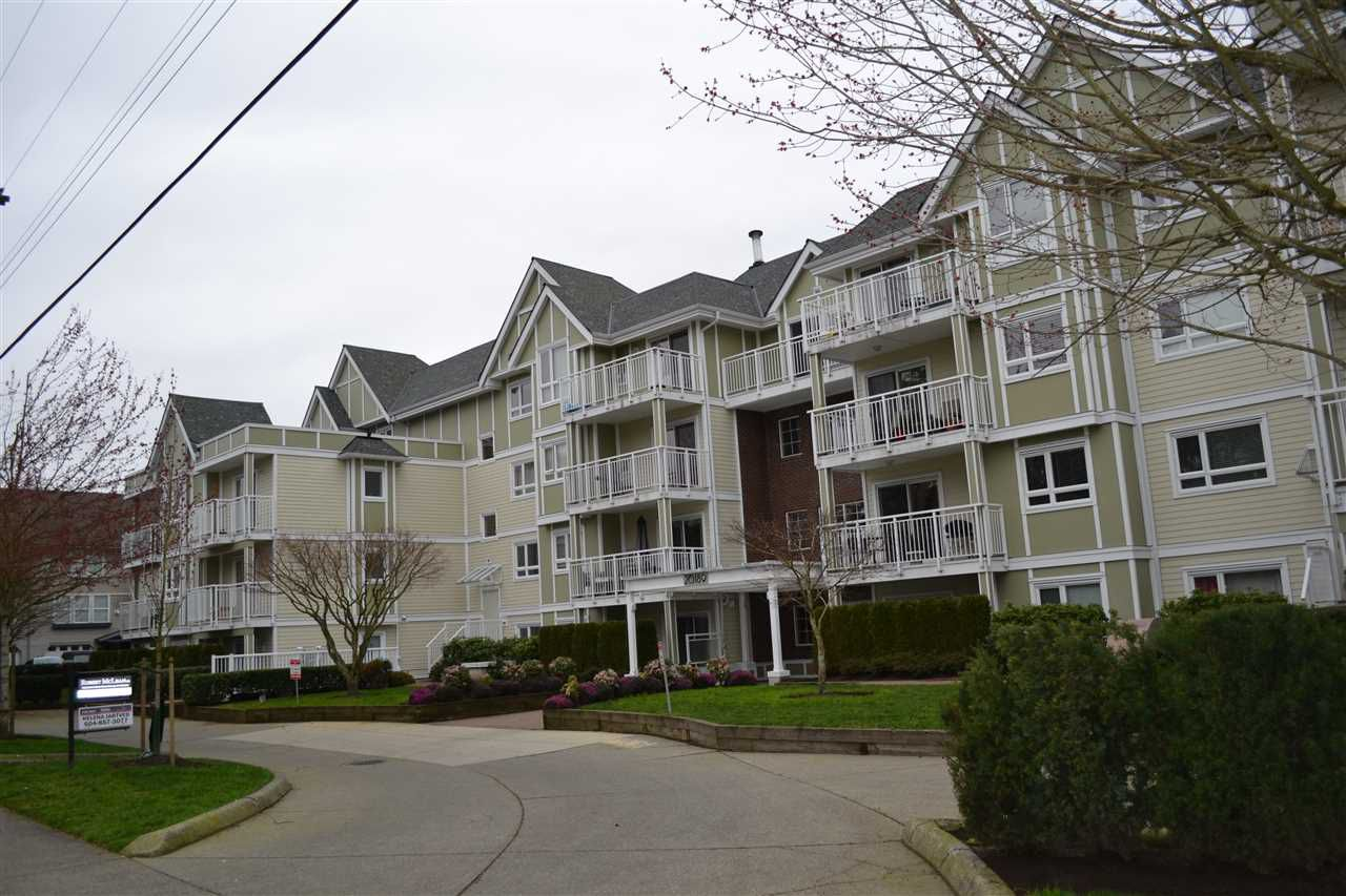 "Main Photo: 208 20189 54 Avenue in Langley: Langley City Condo for sale in ""CATALINA GARDENS"" : MLS®# R2044677"