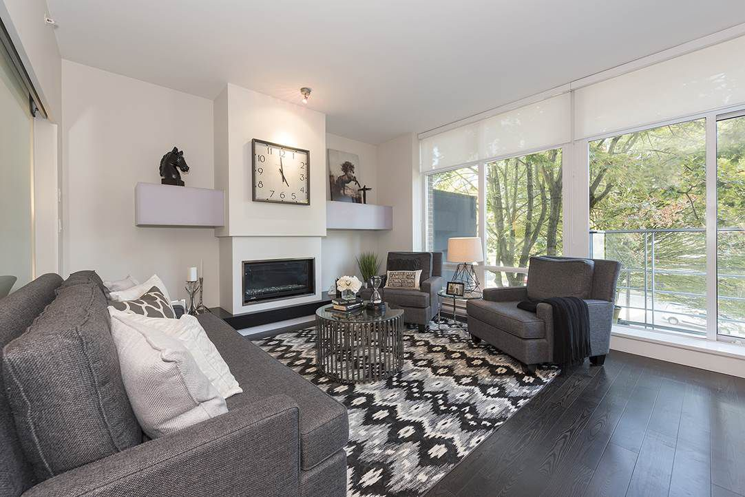 Main Photo: 201 535 SMITHE Street in Vancouver: Downtown VW Condo for sale (Vancouver West)  : MLS®# R2111103