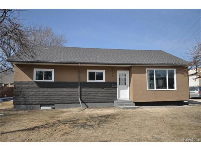 Main Photo: 3 Riverbend Avenue in Winnipeg: Bright Oaks Residential for sale (2C)  : MLS®# 1706321