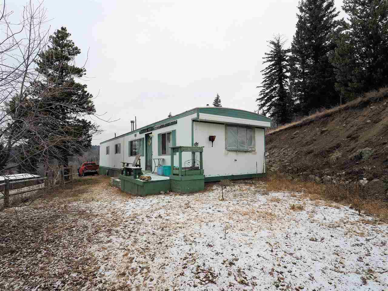 Main Photo: 4331 S CARIBOO (97) Highway: Lac la Hache Manufactured Home for sale (100 Mile House (Zone 10))  : MLS®# R2327477