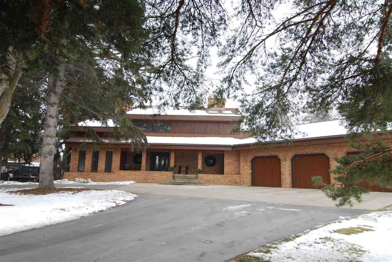 Main Photo: 3550 199 Street in Edmonton: Zone 57 House for sale : MLS®# E4141118