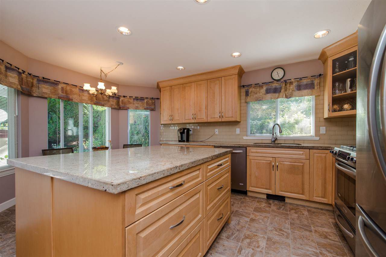 """Main Photo: 53 32777 CHILCOTIN Drive in Abbotsford: Central Abbotsford Townhouse for sale in """"Cartier Heights"""" : MLS®# R2334427"""