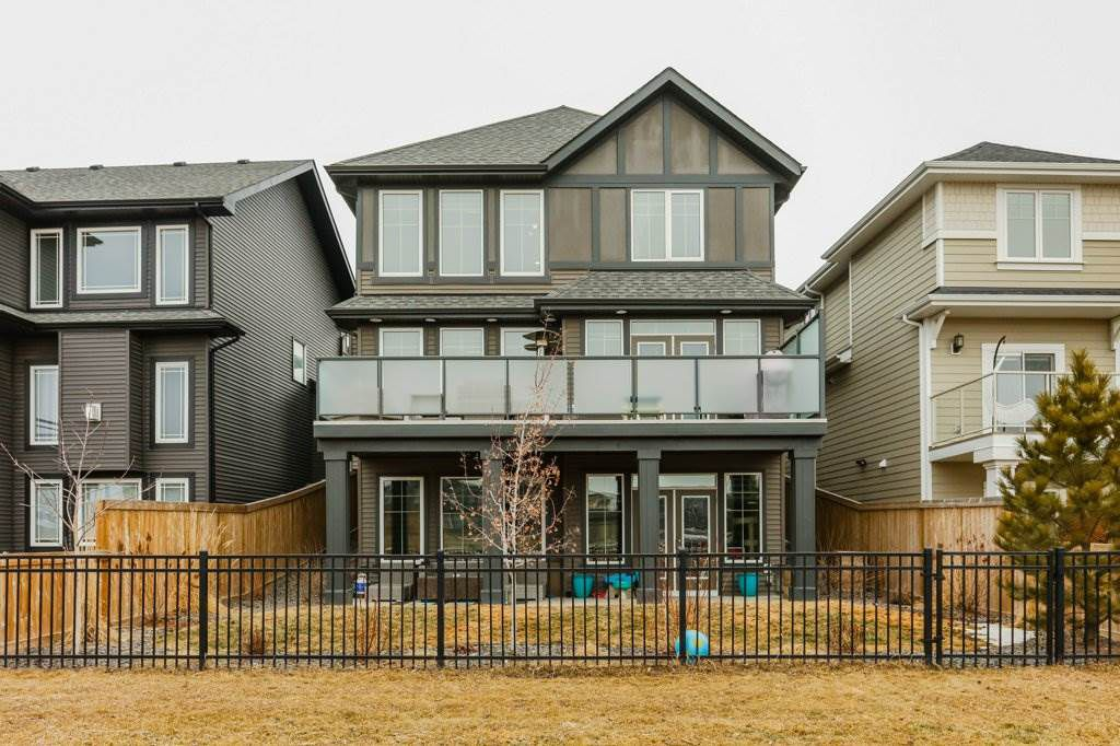 Main Photo: 3807 KIDD Bay in Edmonton: Zone 56 House for sale : MLS®# E4149055