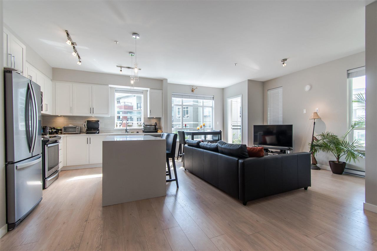 Complete open concept. Perfect for interaction/entertaining.