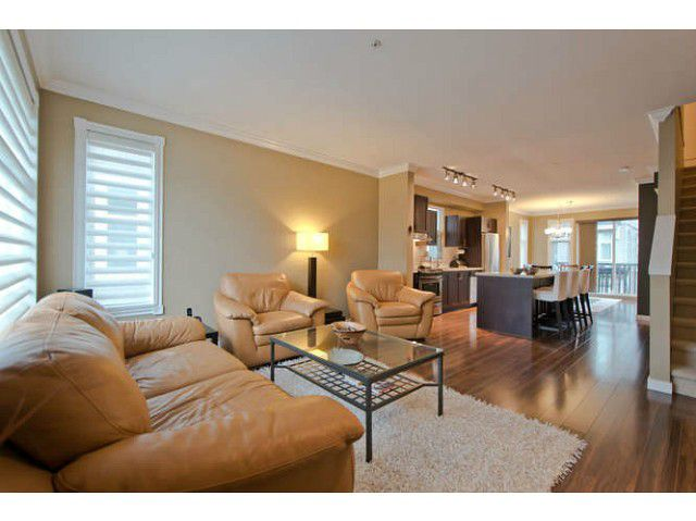 """Main Photo: 720 ORWELL Street in North Vancouver: Lynnmour Townhouse for sale in """"WEDGEWOOD"""" : MLS®# V1050702"""