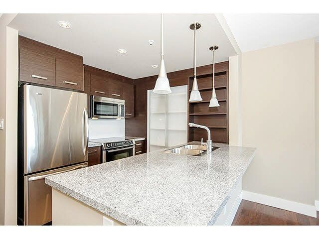 """Main Photo: 606 2959 GLEN Drive in Coquitlam: North Coquitlam Condo for sale in """"THE PARC"""" : MLS®# R2034464"""