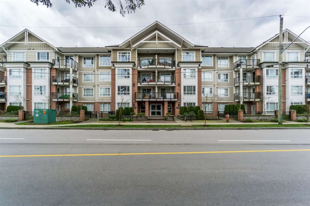 Main Photo: 310 14960 102A Avenue in Surrey: Guildford Condo for sale (North Surrey)  : MLS®# R2040831