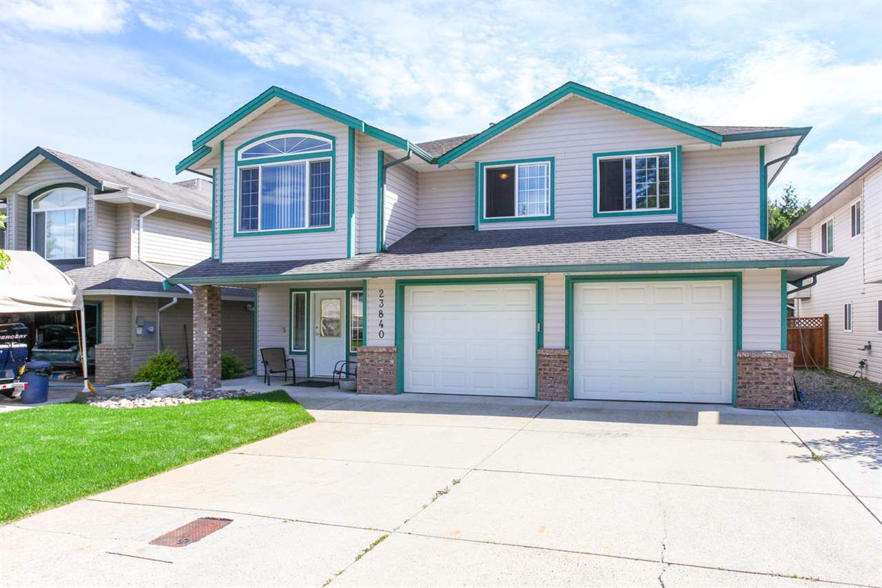 Photo 2: Photos: 23840 114A Avenue in Maple Ridge: Cottonwood MR House for sale : MLS®# R2090697