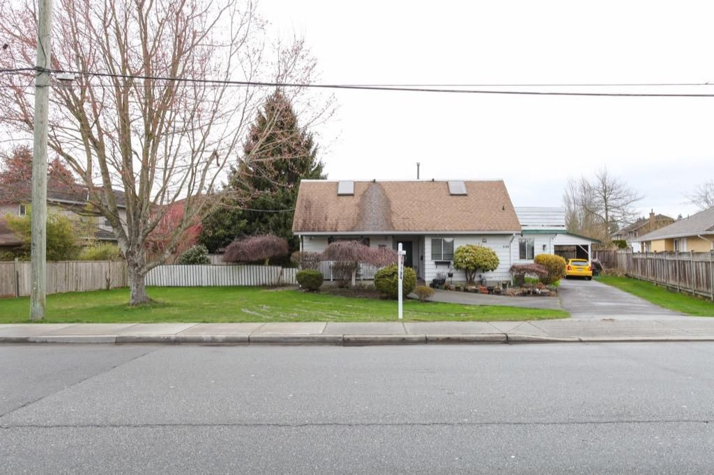 Main Photo: 5100 LINDEN Drive in Delta: Hawthorne House for sale (Ladner)  : MLS®# R2147544