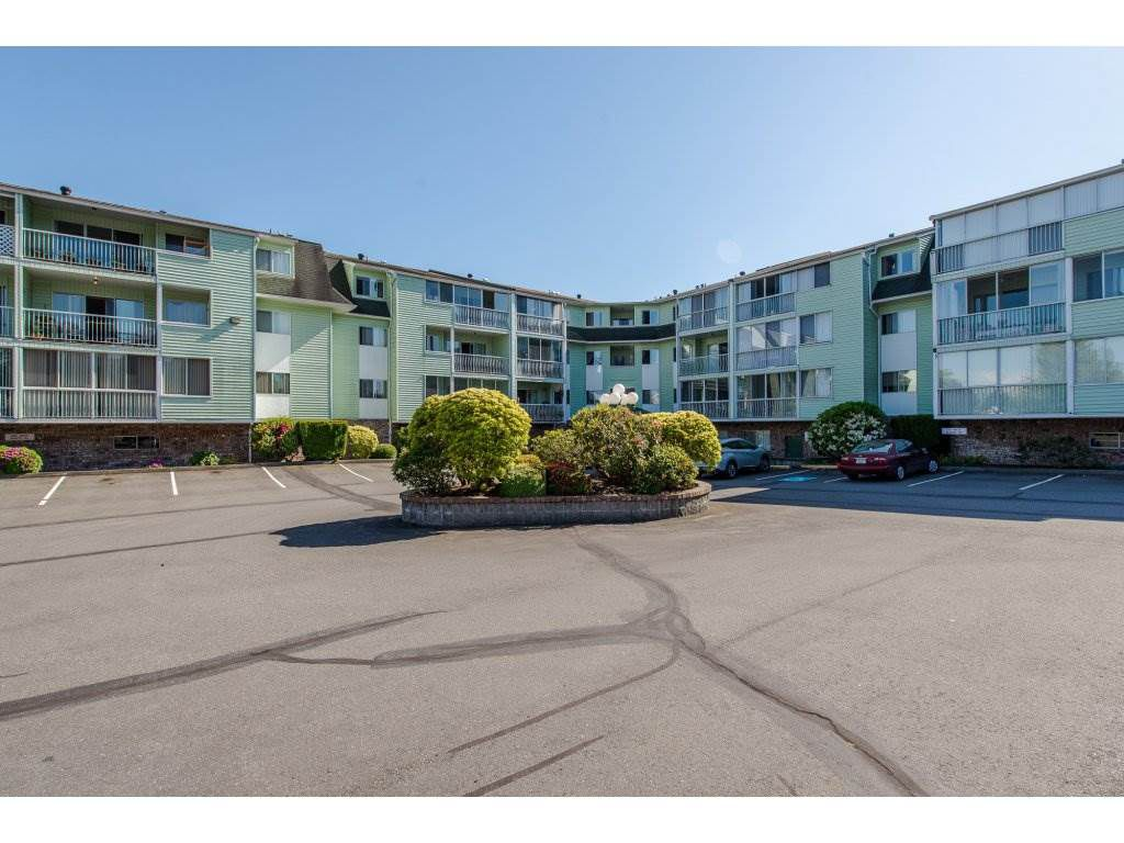 """Main Photo: 116 31850 UNION Street in Abbotsford: Abbotsford West Condo for sale in """"Fernwood Manor"""" : MLS®# R2169437"""