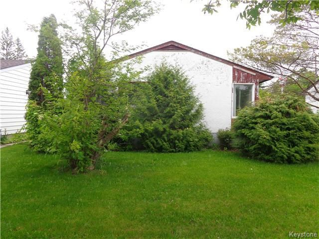 Main Photo: 263 Olive Street in Winnipeg: St James Residential for sale (5F)  : MLS®# 1713880