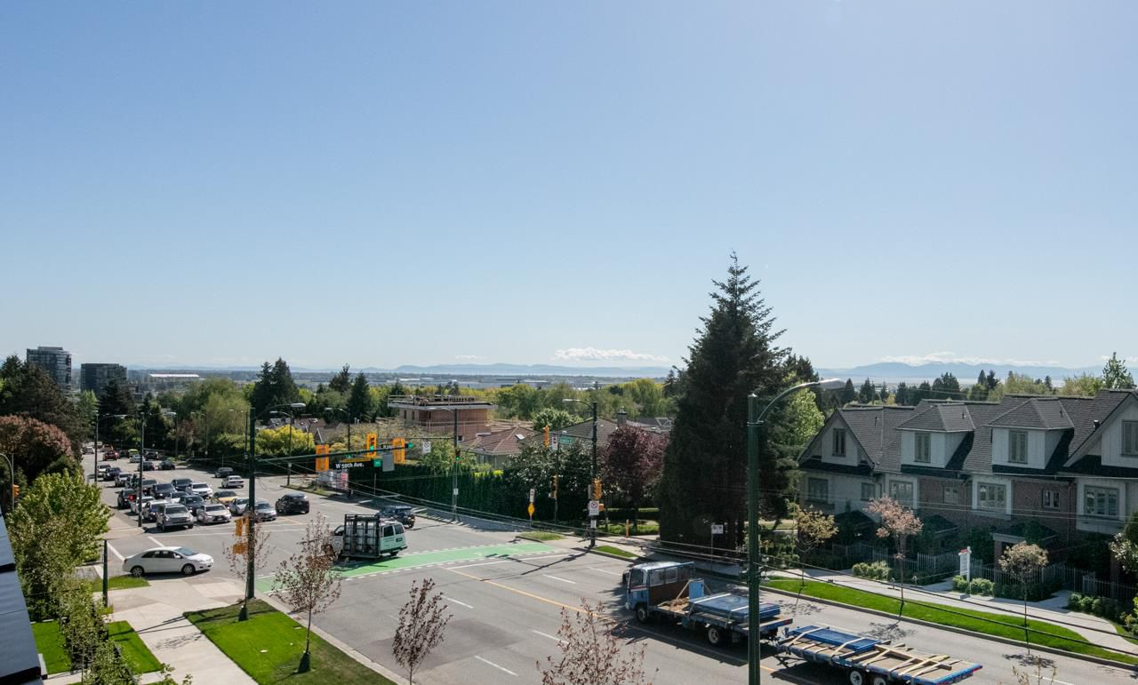 Main Photo: 7476 GRANVILLE Street in Vancouver: South Granville Townhouse for sale (Vancouver West)  : MLS®# R2267509