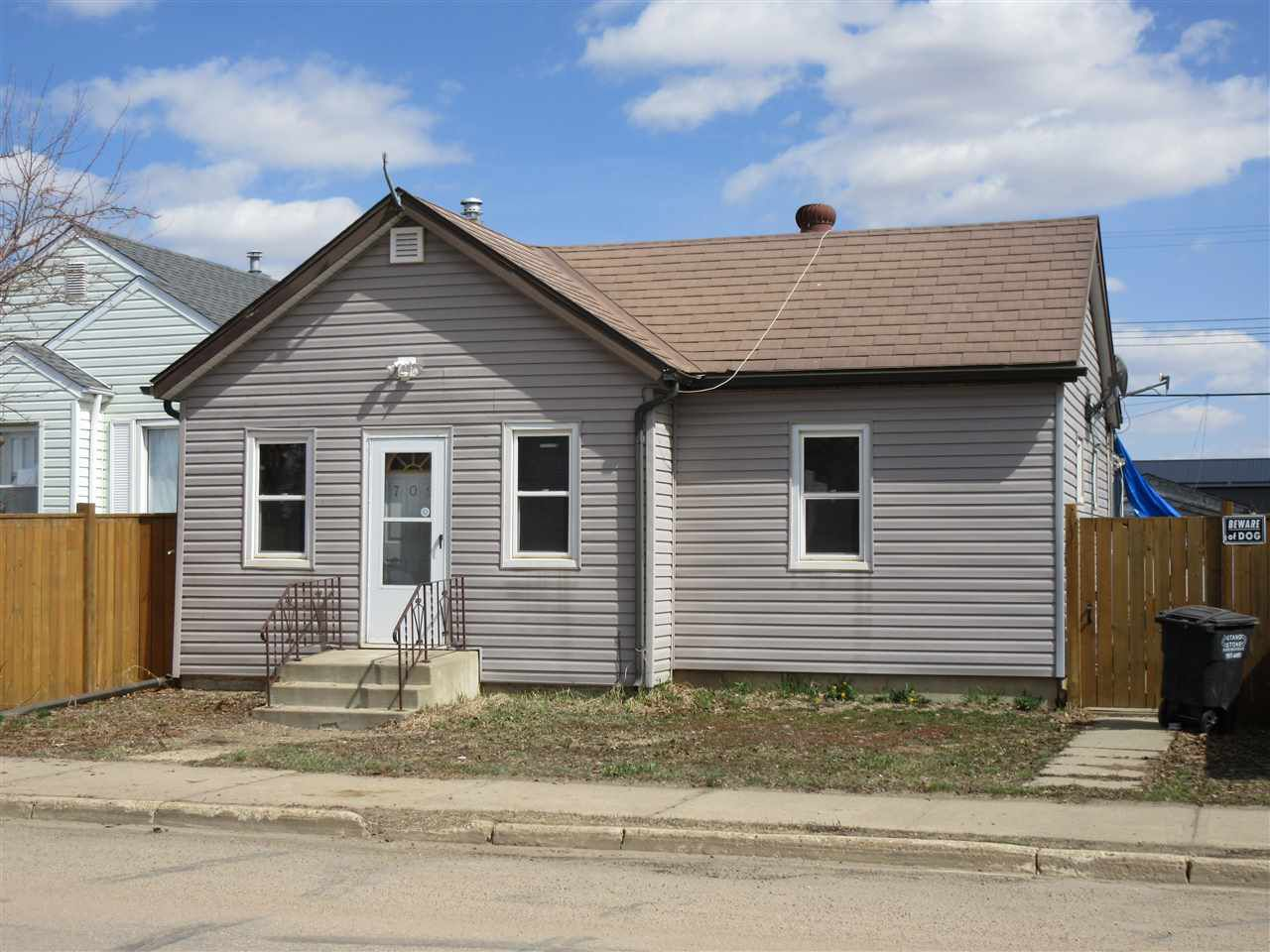 Main Photo: : Thorhild House for sale : MLS®# E4129326