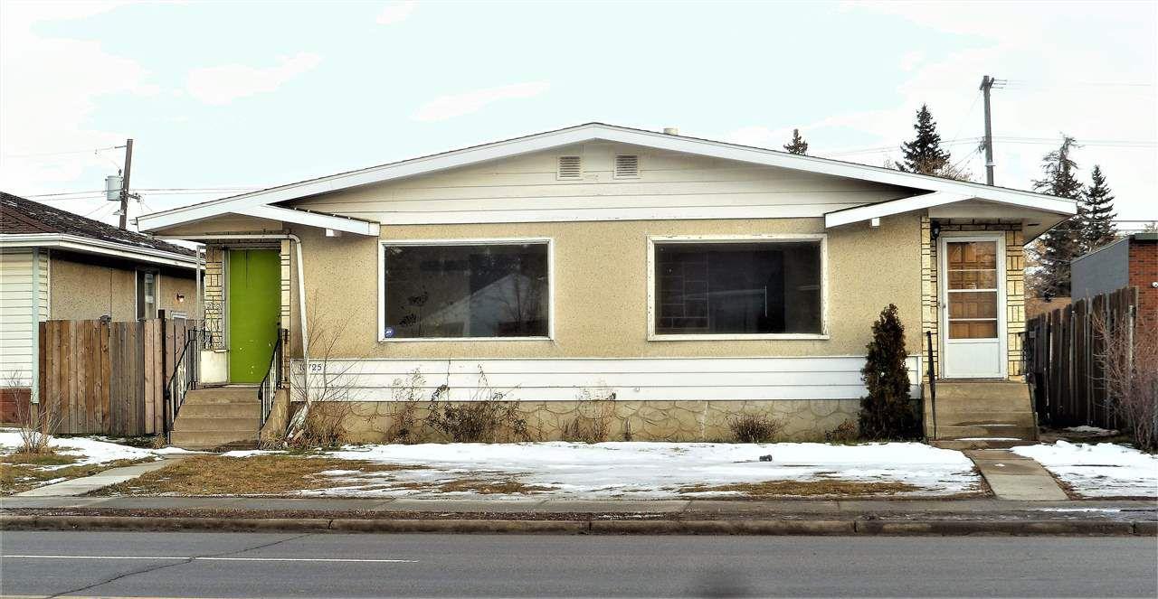 Main Photo:  in Edmonton: Zone 21 House Duplex for sale : MLS®# E4136841