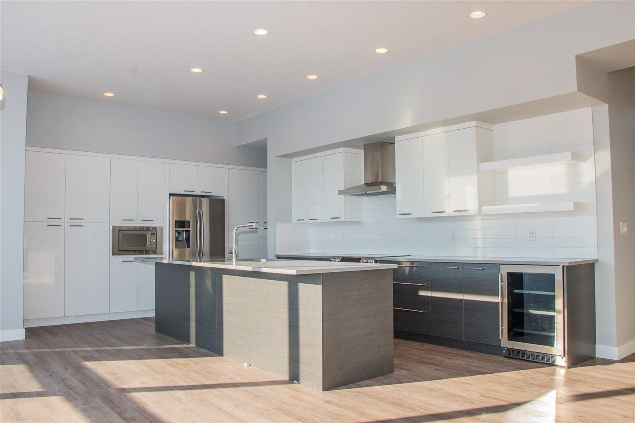 Main Photo: 6231 KING Vista in Edmonton: Zone 56 House for sale : MLS®# E4143364