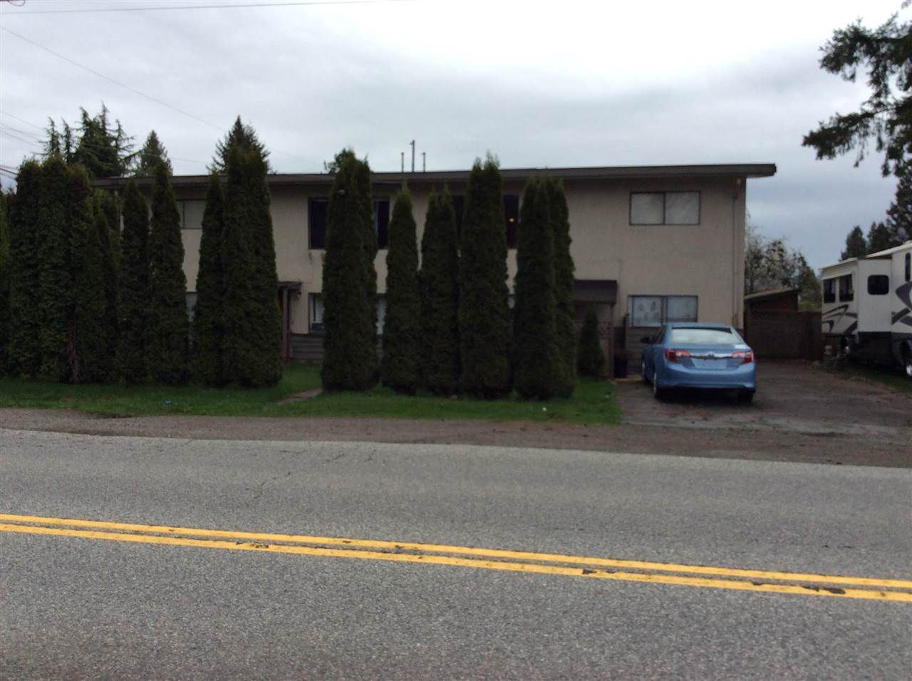 Main Photo: 12994 - 12996 100 Avenue in Surrey: Cedar Hills House Duplex for sale (North Surrey)  : MLS®# R2356981