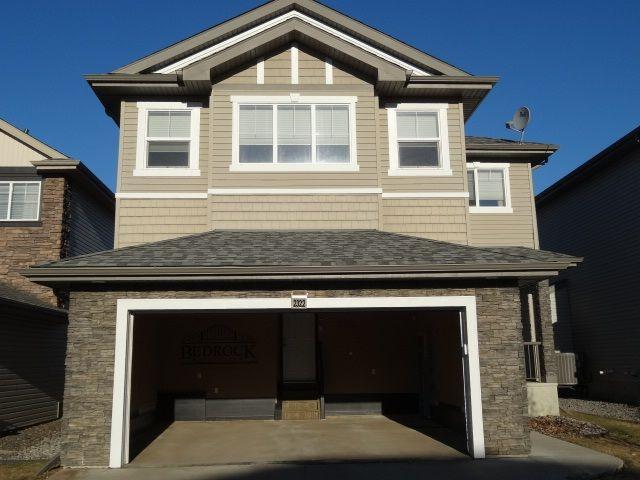 Main Photo: 2322 HAGEN Link in Edmonton: Zone 14 House for sale : MLS®# E4155294