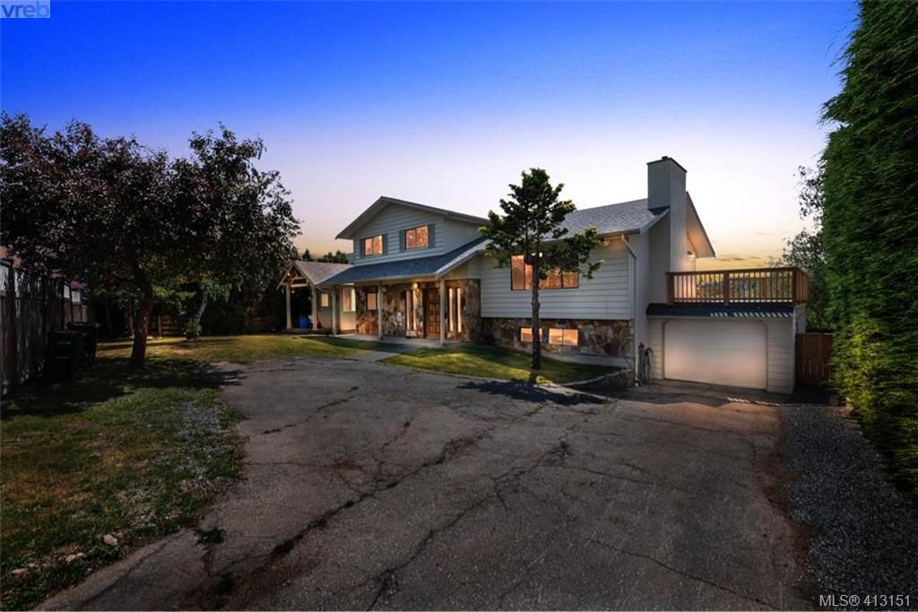 Main Photo: 4188 Carey Road in VICTORIA: SW Northridge Single Family Detached for sale (Saanich West)  : MLS®# 413151