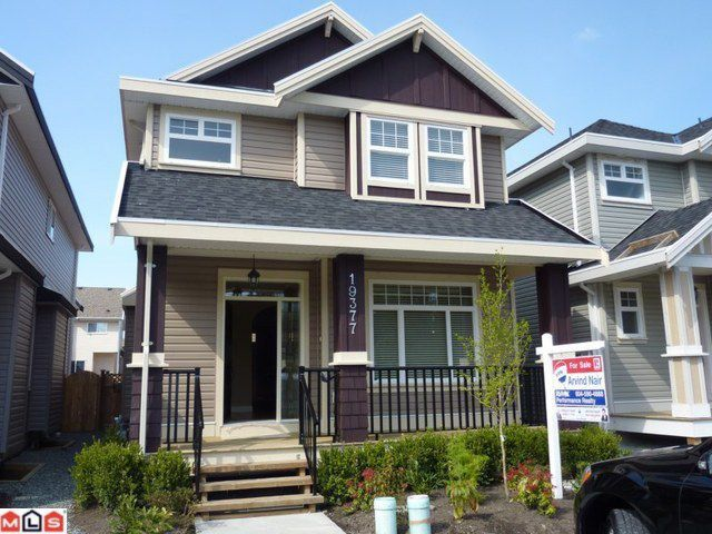 Main Photo: 19377 72ND Avenue in Surrey: Clayton House for sale (Cloverdale)  : MLS®# F1111212