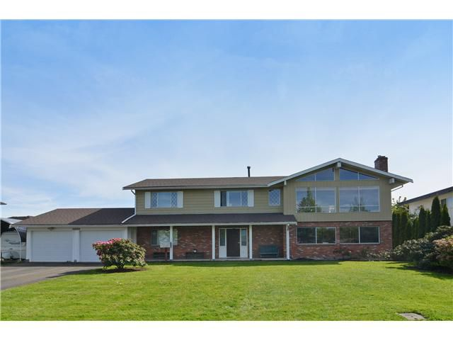 Main Photo: 26882 27TH Avenue in Langley: Aldergrove Langley House for sale : MLS®# F1440056