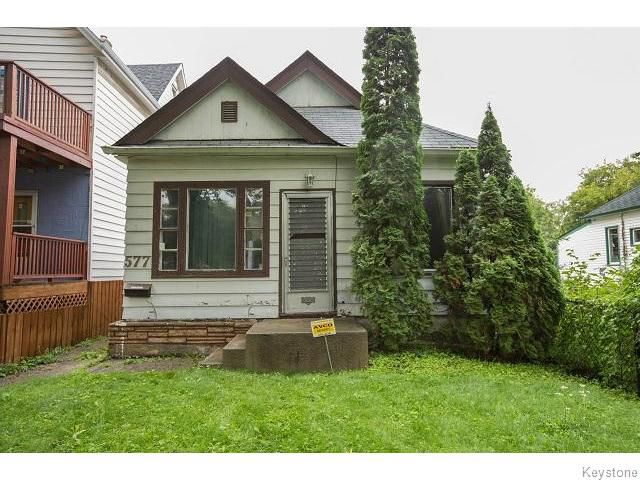 Main Photo: 577 Jessie Avenue in WINNIPEG: Fort Rouge / Crescentwood / Riverview Residential for sale (South Winnipeg)  : MLS®# 1521513