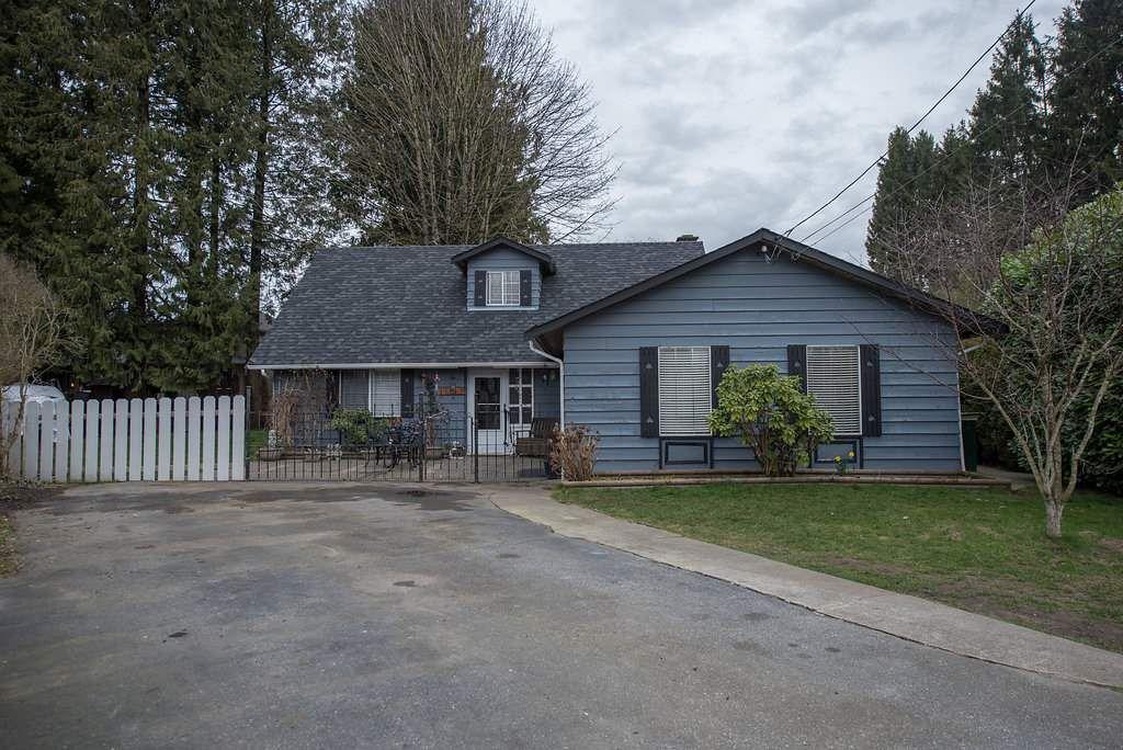 Main Photo: 11763 195A Street in Pitt Meadows: South Meadows House for sale : MLS®# R2040203